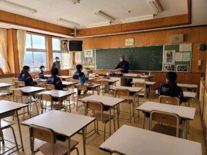 ものづくり体験講座 勾玉づくり in上遠野中学校